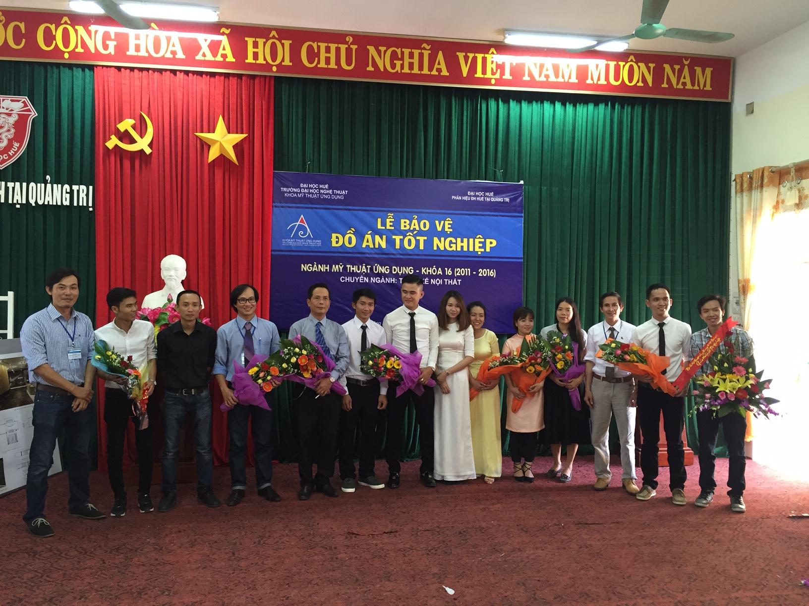 to-chuc-thanh-cong-le-bao-ve-do-an-tot-nghiep-nganh-my-thuat-ung-dung-k16